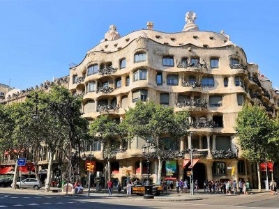 Take a walk around the Quarter of Discord in Barcelona
