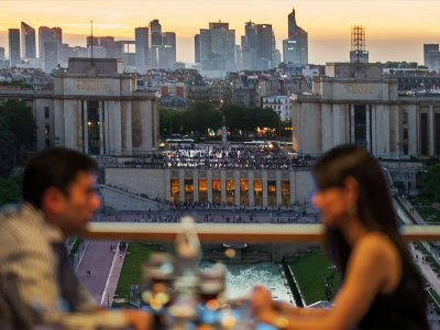 Have a diner on the Eiffel Tower in Paris