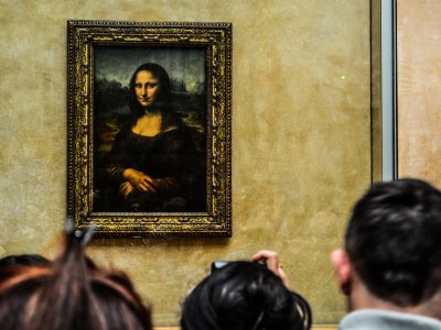 See the Mona Lisa in Paris