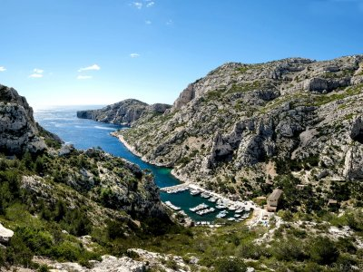 Take an excursion to the calanques in Marseille