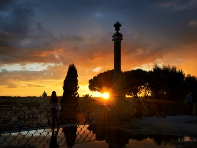 See the sunset from the Pincian Hill in Rome