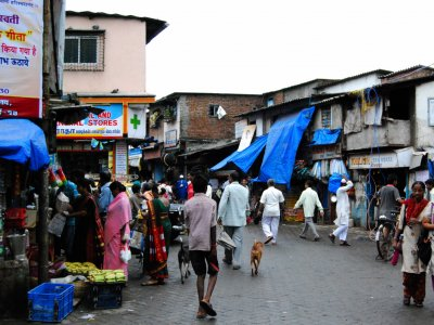 Stroll through the Dharavi slums in Mumbai
