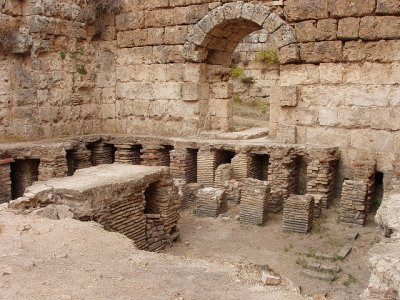 Visit the ancient thermae in Antalya