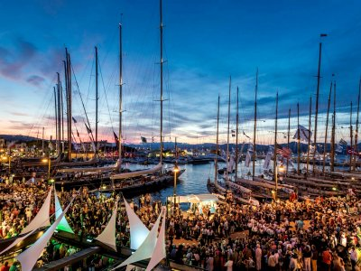 Participate in the regatta in Saint-Tropez