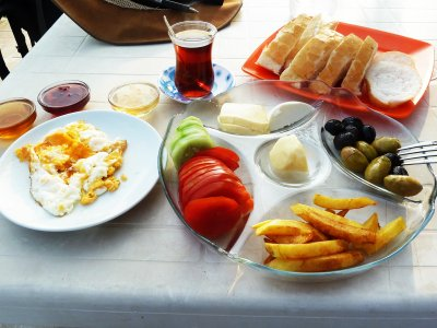 Try Turkish breakfast in Marmaris