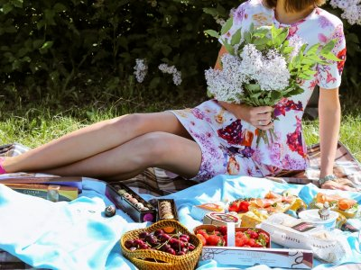 Have a picnic in the botanical garden in Kiev