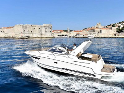 Try yachting in Dubrovnik