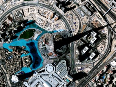 See the 8 kilometer shadow of Burj Khalifa in Dubai