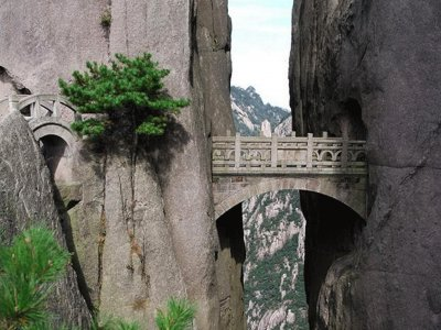 Cross the bridge of immortal in Hangzhou