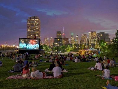Watch movie in the open air in Toronto