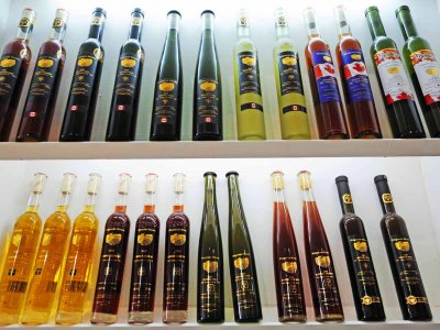 Buy ice wine in Toronto