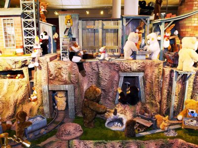 Visit Pegasus Small World toy museum in Zurich