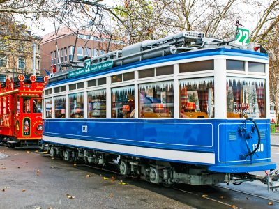 Ride in Fondue tram in Zurich