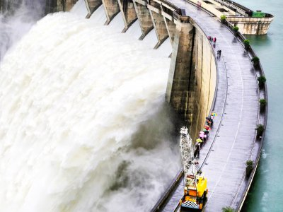 See dam water release in Kandy