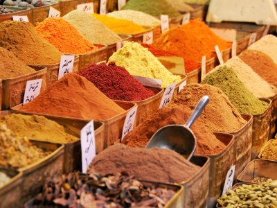 Buy spices on Zanzibar