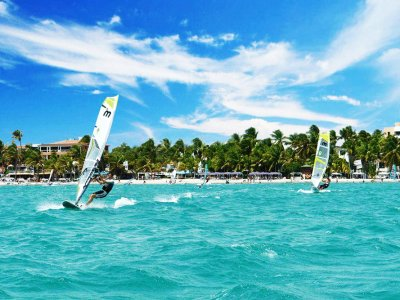 Go windsurfing in Caracas