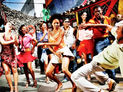 Dance in tune with Latin-American music in Caracas
