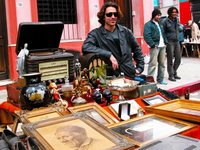 Buy vintage souvenirs in Montevideo