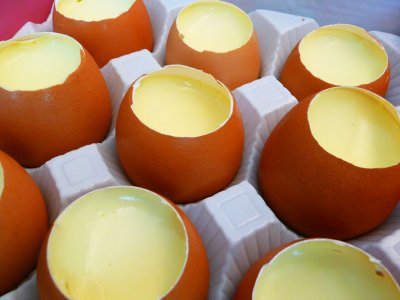 Try egg custard pudding in Taiwan