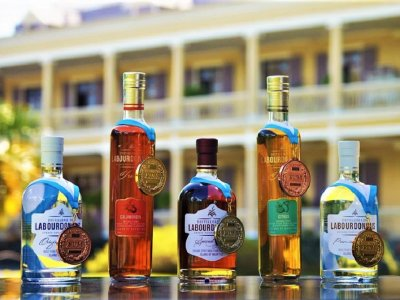 Buy rum in Port Louis