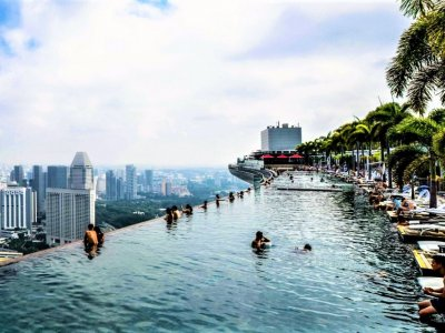 What to do in singapore top 12 things to do - Tallest swimming pool in the world ...