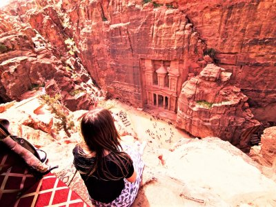 Visit a 2000-year-old cave city in Petra