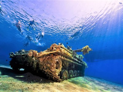 Dive to a sunk tank at the bottom of the Red Sea in Aqaba