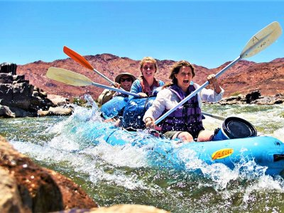 Go rafting between two countries in Karasburg
