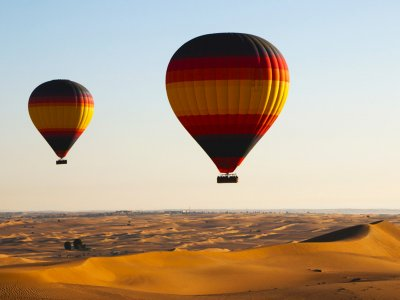 Fly a hot-air balloon over the Arabian desert in Dubai