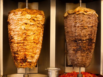 "Try the ""real"" shawarma in Dubai"