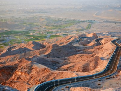 Climb Jebel Hafeet mountain in Al Ain