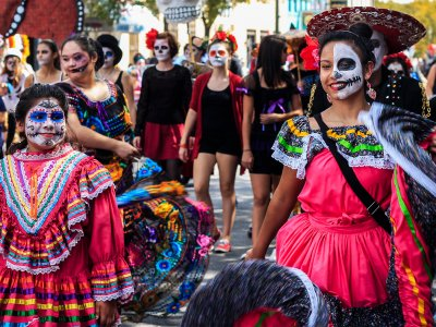 Become a participant of the Day of the Dead Festival in Mexico City