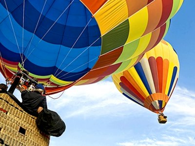 Fly on a hot air balloon in Kiev