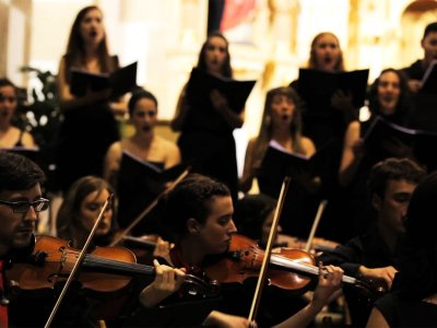 Listen to music of Vivaldi in Venice