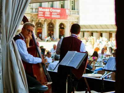 Listen to the orchestra of St. Mark's square in Venice
