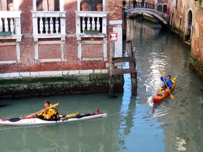 Enjoy kayaking in Venice