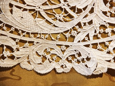 Buy Burano lace in Venice