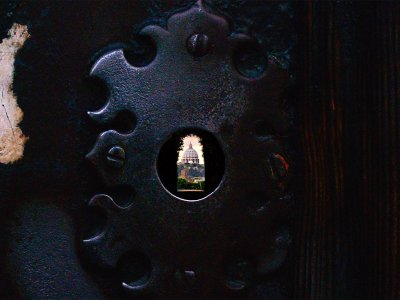 Peek through the Knights of Malta keyhole in Rome