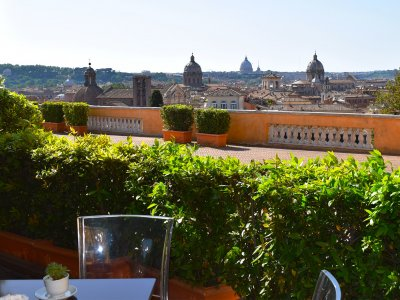 Drink a coffee at one of the best terraces in Rome in Rome