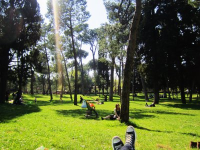 Have a picnic in the Villa Borghese in Rome