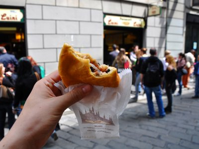 Try panzerotti by Luini in Milan