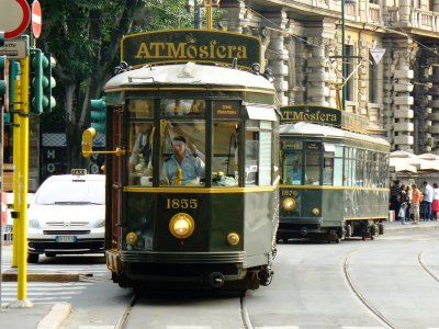 Dine in the retro tram in Milan