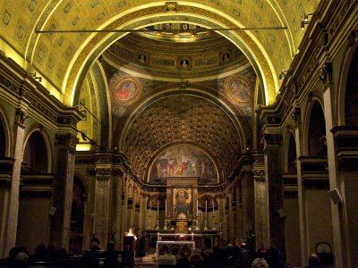 See extraordinary optical illusion in the church of Santa Maria in Milan