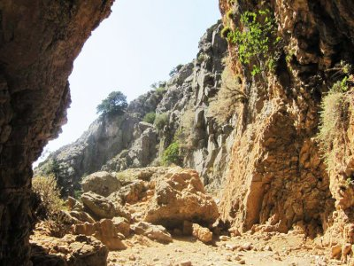 Go down to the Imbros Gorge on Crete