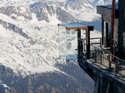 "The observation deck ""Step into the void"" in Chamonix"
