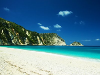 Petani beach in Kefalinia
