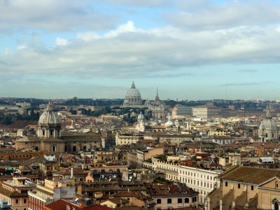 Sightseeing tour in Rome by car