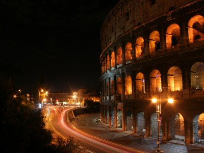 A nightwalk to discover Rome