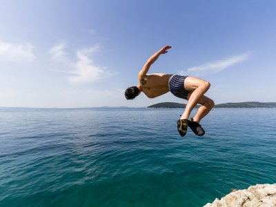 Сliff-jumping in the Adriatic Sea
